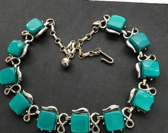 Unsigned CORO green thermoset collectible chunky necklace, mid century 1950s 1960s collectible costume jewelry