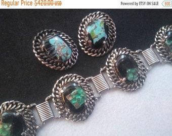 Gorgeous retro chain link style aqua blue green black glass Stone bracelet earring set, vintage jewelry 1960s