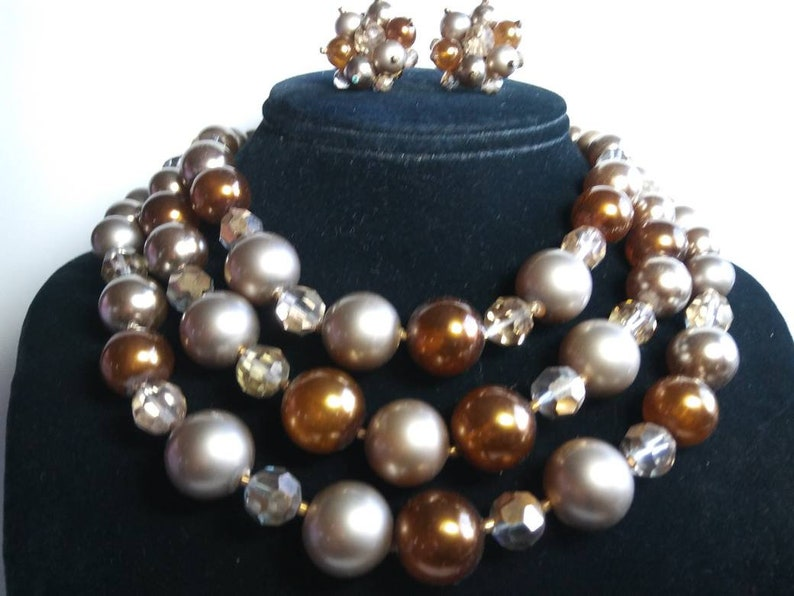 Lovely Brown Lucite /& Crystal Glass Vintage 3 Strand Necklace Beaded Earrings 1950/'s Old Hollywood Glam Collectible Mad Men Jewelry