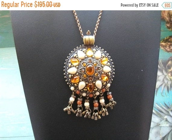 Joan Rivers rhinestone vintage pendant necklace