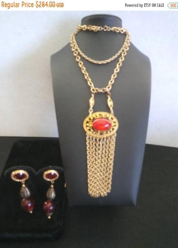 Vintage red Fringe tassel long & dangle earrings 1