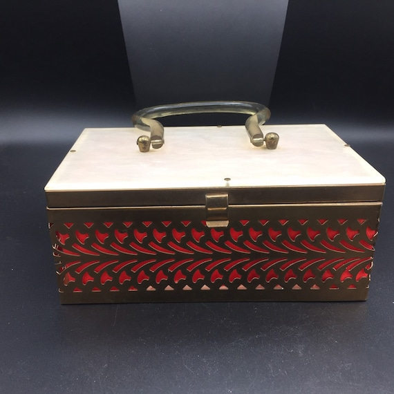 1950s 1960s Lucite and metal box purse - image 2