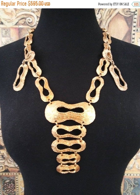 Large Couture statement jewelry set, vintage Runwa