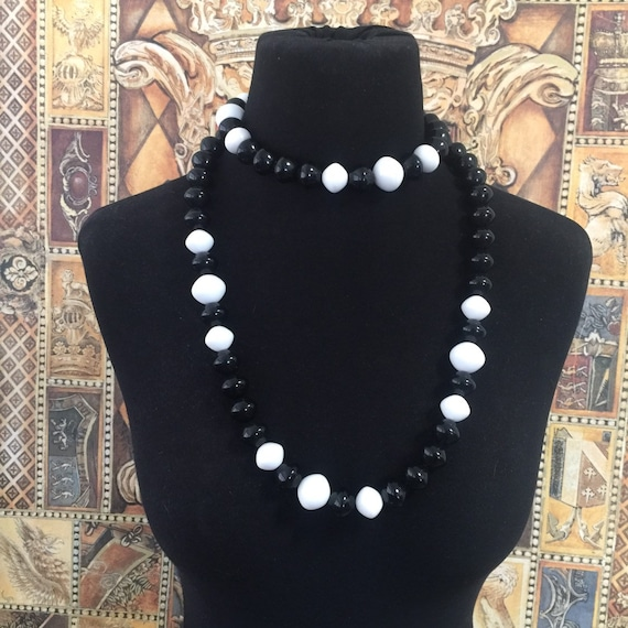 Trifari Long Black & White Beaded Necklace
