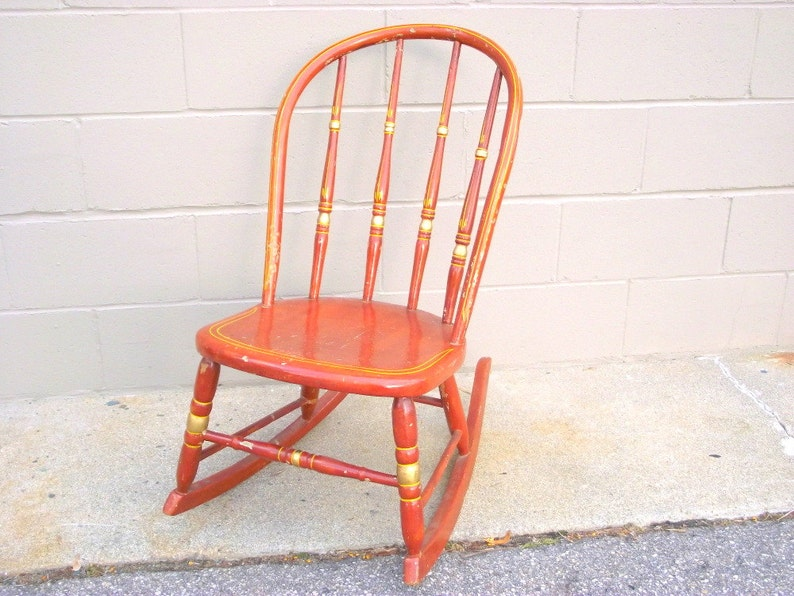 Surprising Antique Bentwood Spindle Back Rocking Chair Windsor Primitive Rustic Farmhouse Chic Amber Brown Shabby Paint Wood Rocker Seat Farm Decor Beatyapartments Chair Design Images Beatyapartmentscom