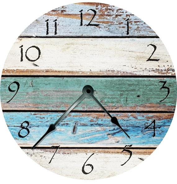 Shabby Chic Assemblage Clock (avec images) | Boîtes d'art