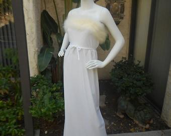 Vintage 1970's Lilli Diamond White Dress - Size 6