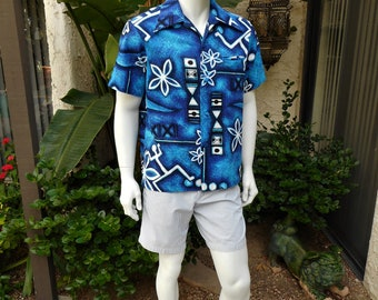 Vintage 1980's Pacific Isle Blue/White Hawaiian Print Short Sleeve Shirt - Size Large