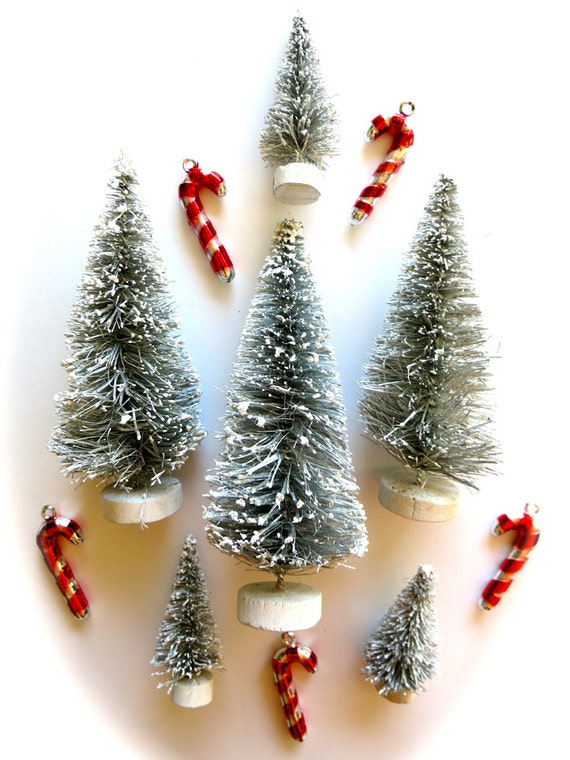 Small Silver Christmas Tree.Metallic Silver Mini Bottle Brush Christmas Tree Set 6 Tiny Flocked Silver Trees Lot Retro Holiday Pines Winter Snow Globe Trees Terrarium