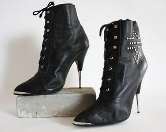 Details zu Minnetonka Schwarz 3 Schicht Fransen Mokassin Stiefel Größe 10 Boho Chick