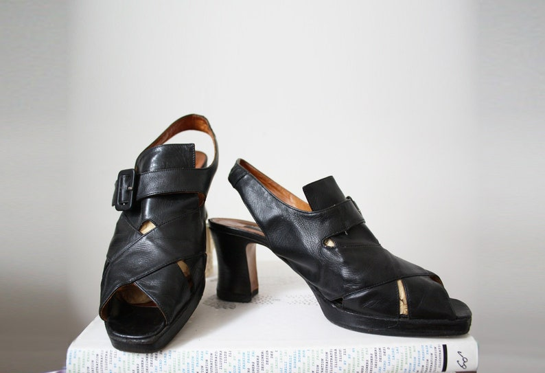 beaf59f8068 Vintage Black Strappy Classic Disco Shoe Dancing Shoes Womens 38US diva VTG  Glam