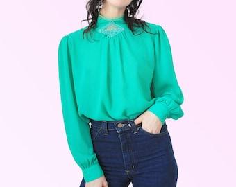 80 s sheer Blouse Secrétaire vert avec Applique de dentelle et bordure gonflées Long Manche VTG Vintage Romance Stand loin le col de chemise