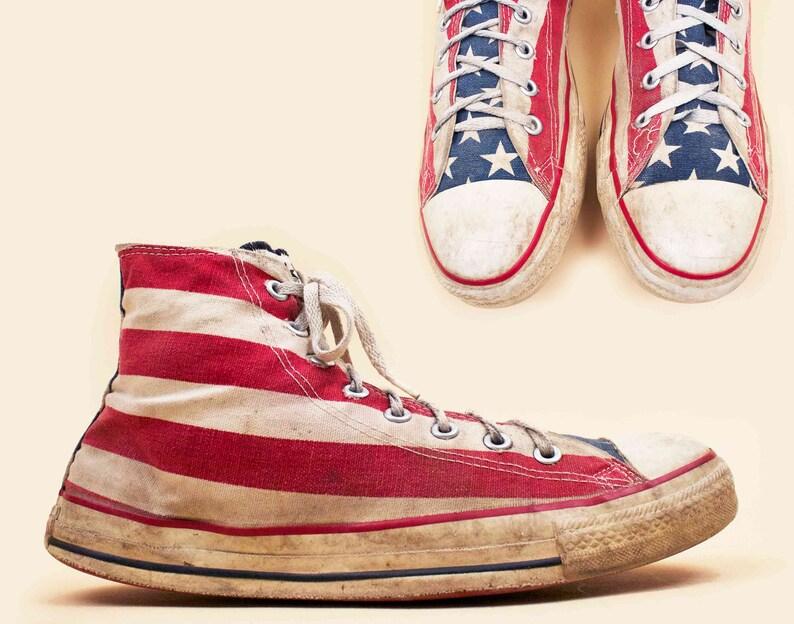 ff08676066e2 70S 80s Vtg Mens Distressed American Flag CONVERSE Hi Top