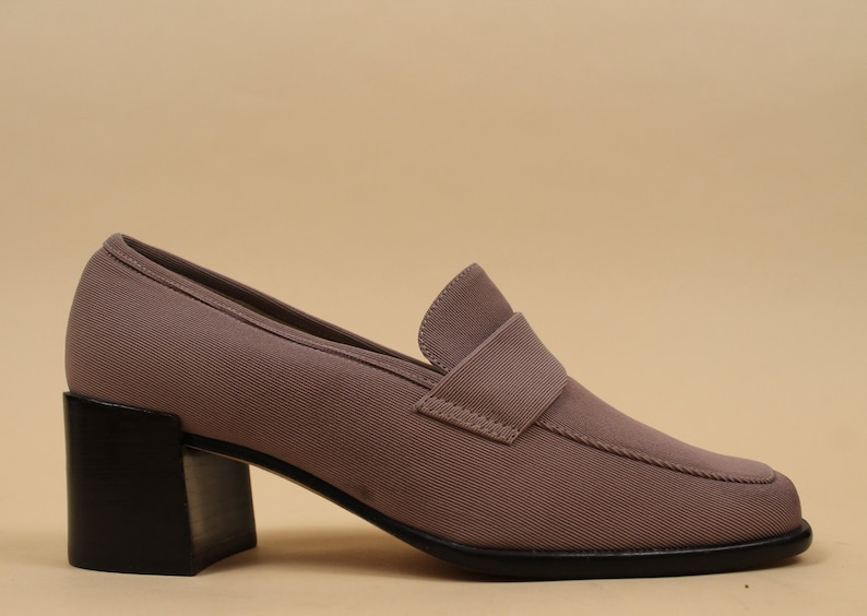 ef2dbefdeff1 90s Vtg TAUPE Ribbed Textile MINIMALIST Modern Loafer Oxford