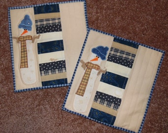 Primitive Whimsical Country Kitchen Quilted Scrappy SNOWMAN Snack Mats Hot Pads Table Mats