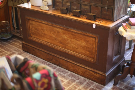 Wood Store Counter 5ft