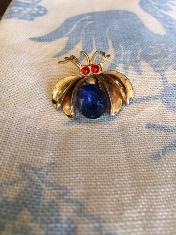 Flying Bug Insect Rhinestone Vintage Pin Brooch Red Eyes and Blue Body