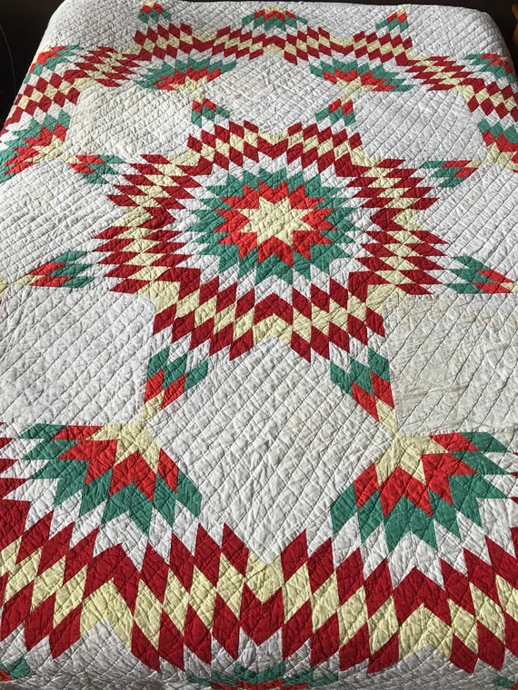 Texas Star Hand Stitched & Quilted Cotton Quilt 1940s 82x88 Inches