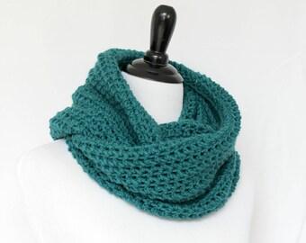 Infinity scarf, crochet cowl, large cowl, loop scarf, infinity loop, crochet scarf, teal cowl