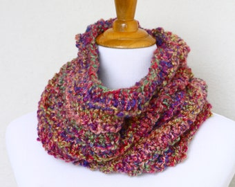 Chunky cowl, knit scarf, infinity scarf, loop scarf, chunky scarf, pink scarf, chunky neckwarmer