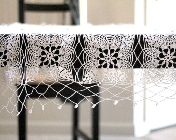Crochet tablerunner, crochet tablecloth, crochet doily, cotton white square lace tablecloth vintage style