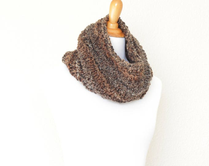 Knit cowl, chunky cowl, knit scarf, loop scarf, infinity scarf, chunky scarf, Meteorite scarf, chunky neckwarmer