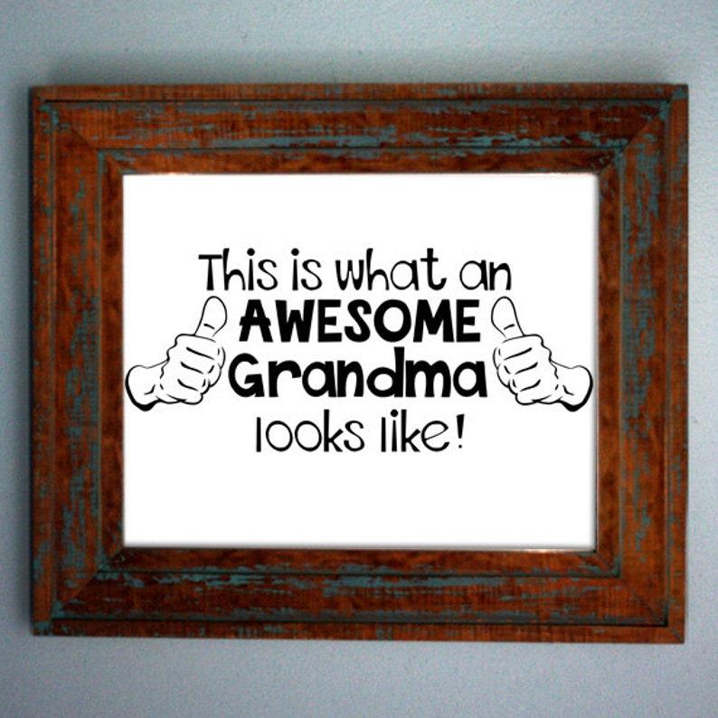 Iron on New Grandparent Shirt Grandma Iron on Transfer Baby Shower Gift What an Awesome Grandma Looks Like Tshirt Womens Shirt