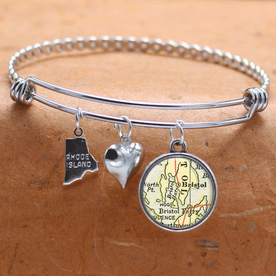 Jewelry & Watches Charms & Charm Bracelets North Dakota State Flag Silver Plated Bracelet With Antiqued Charm