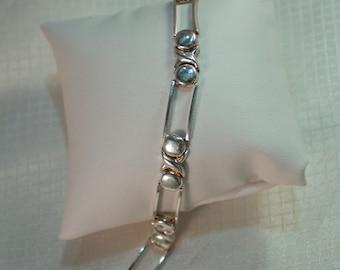 c1980's Italian Sterling Hugs and Kisses Link Bracelet