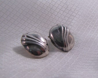 1980's Sterling Designer Styled Puffed Clip Earrings