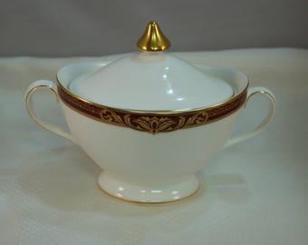 1996 Royal Doulton Tennyson Cover Sugar Bowl, Pattern H5249 Discontinued