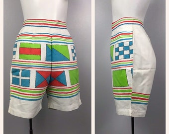 2c62d189a5 1950s Shorts / Sailing Flags Novelty Print Regatta High Waist Cotton Shorts  / Women's XS