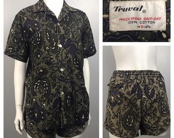 82ff667ce7 1960s Hawaiian VLV Set / 50s 60s Tiki Novelty Print Loop Collar Shirt & Shorts  Set / Men's Small