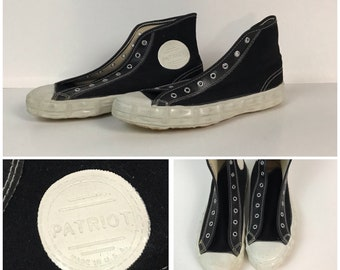 9be7a1072dd73 1970s Patriot Black Canvas Hi Top Basketball Shoes   70s NOS Waffle Soles  All Star Unworn   Boy s 4