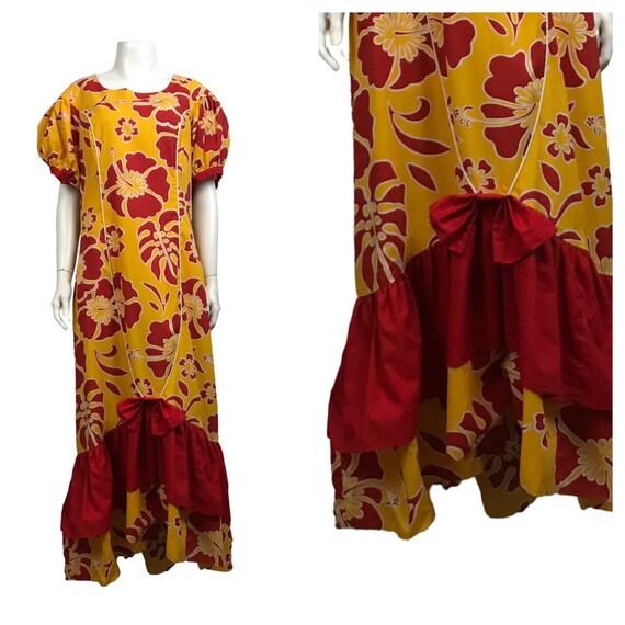 1980s Muumuu Hawaiian Dress / Yellow Red Floral Ru