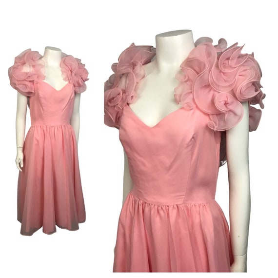 1960s Pink Ruffled Dress / Dramatic Sleeves Goddes