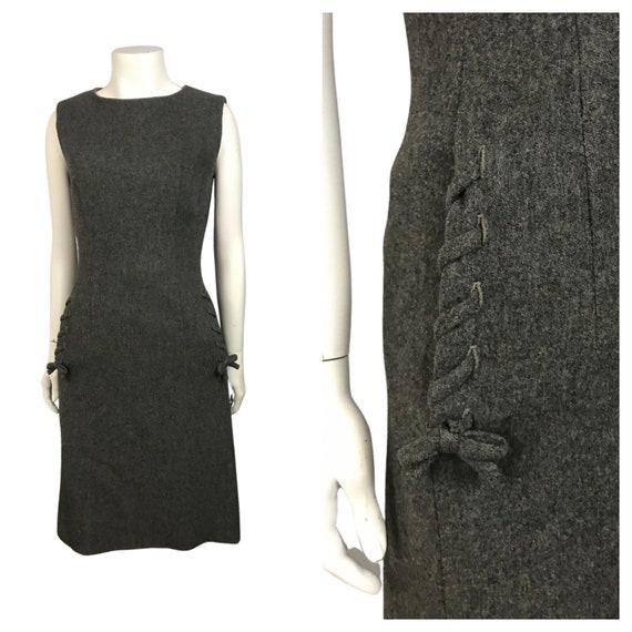 1960s Sleeveless Dress / 60s Gray Wool Sleeveless