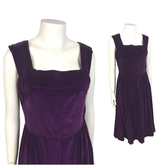 1950s Purple Velvet Dress / Sleeveless Dress Side