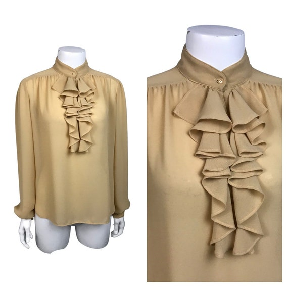 1980s Ruffled Blouse / Beige Top with Ruffled Neck
