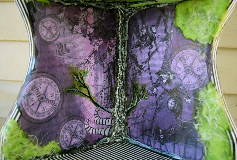 Wicked Witch of The West Wizard of Oz Freestanding Three Tiered Curio Corner Shelf