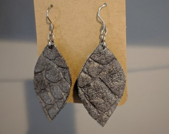 Faux Leather Dangle Earrings - Gift for Her - Modern Stylish Accessories for Women - Birthday Present - Gift for Mom - Gray Textured