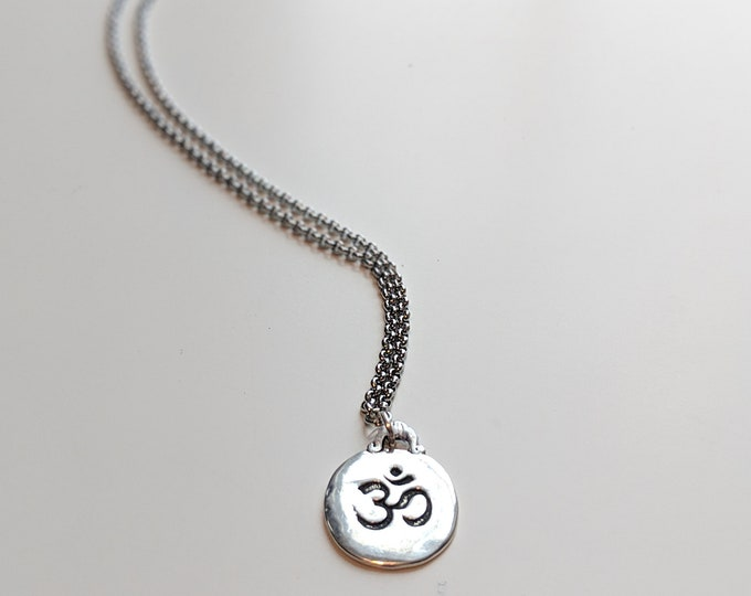 Om Charm Necklace - Yoga Lover's Jewelry - Great Gift Idea - Gift for Her - Fashion Jewelry- Jewelry Gifts