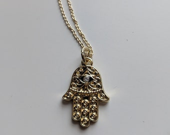 Hamsa Necklace - Gold Necklace for Women - Yoga Jewelry - Great Gift Idea - Gift for Her - Great Gift for Yogi - Fashion Jewelry