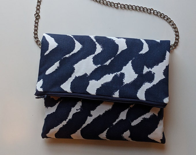 Crossbody Bag with Metal Strap in Navy Blue and White Fabric - Clutch with Removable Strap  Gift for Women -#valentinesday