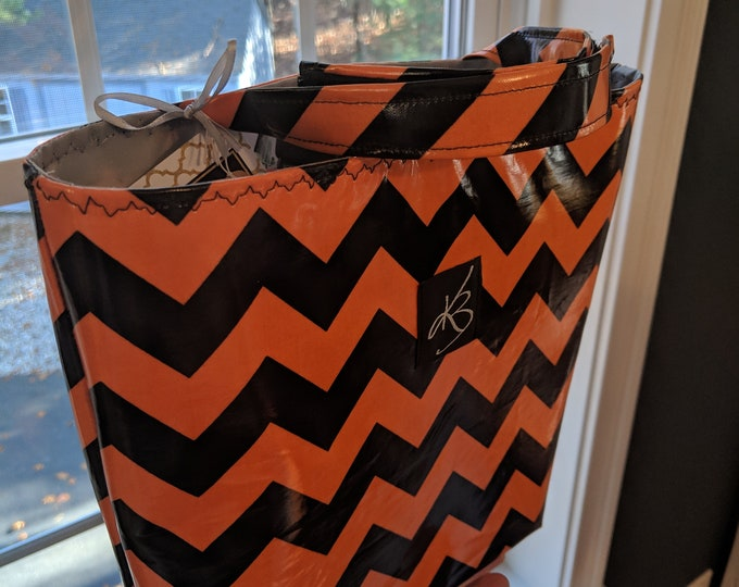 Car Caddy - Orange and Black Chevron - Car Organizer -  Gift Idea for Women - Travel Gift - Handmade Accessory - Birthday Present