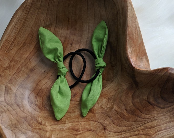 Pair of Hair Ties - Multi Color Retro Bow Hair Ties - Green Cotton Fabric - Gift for Her - Best Friend Gifts