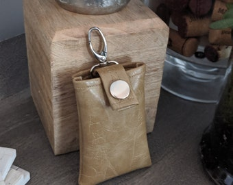 Key Chain Card Case - Gold Tone Textured Faux Leather - Key Chain Accessory - Birthday Gift