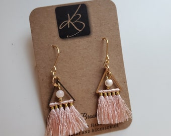 Pink Tassel and Mother of Pearl Dangle Earrings, Great Gift for Women, Fashion Jewelry, Birthday Present