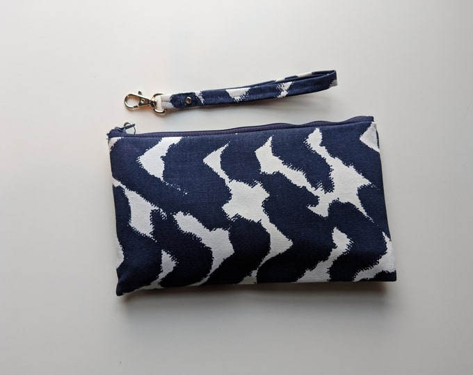 Wristlet with Removable Handle - Navy and Blue Wave Fabric - Handmade Accessory - Gift for Women - Birthday Gift