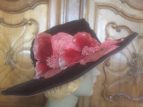 vintage 1920s velvet wide brim hat black pink with
